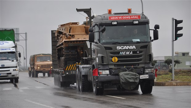 rusya-dan-aciklama-turkiye-den-idlib-e-kilometrelerce-uzunlukta-askeri-yiginak-konvoyu-gonderildi-691246-1.