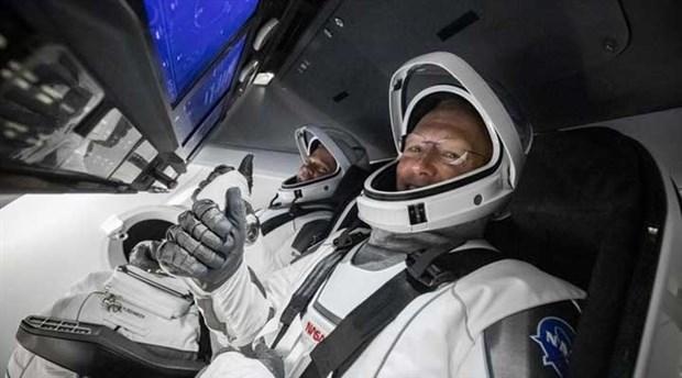 spacex-in-insanli-uzay-mekigi-yorungeye-firlatildi-737825-1.