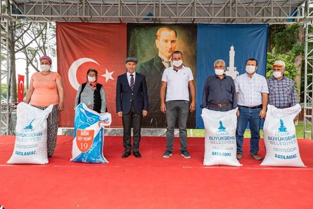 izmir-buyuksehir-belediyesi-nden-ureticilere-yem-destegi-748296-1.