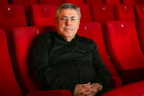 2-bin-500-sinemadan-yalnizca-20-si-acildi-zarar-etmek-yerine-bekliyoruz-752293-1.
