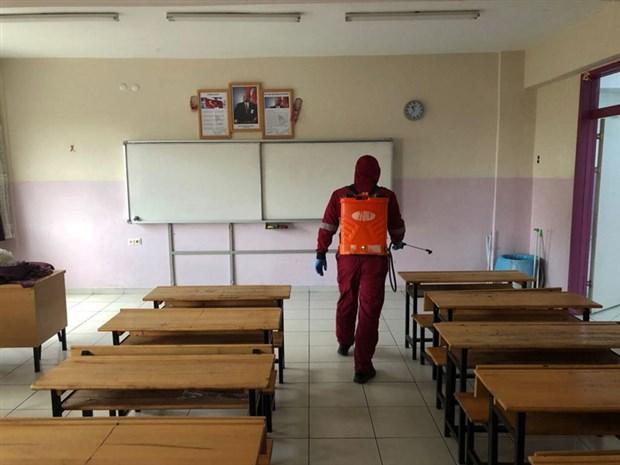 okullar-yeterli-kosullar-saglanmadan-acilirsa-salgin-yayilir-766932-1.