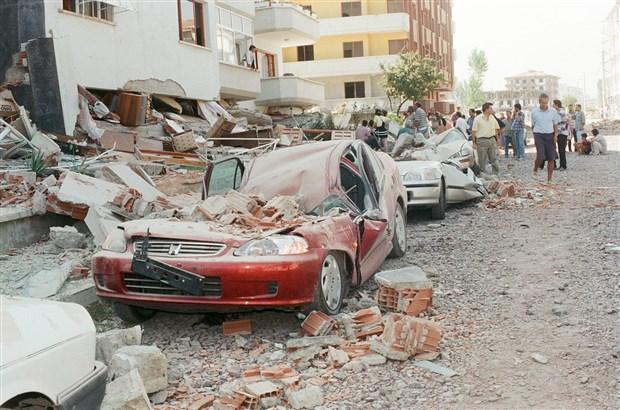 prof-dr-naci-gorur-beklenen-deprem-daha-yikici-olacak-770014-1.