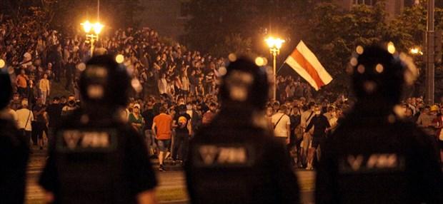 belarus-ta-sokak-eylemlerinde-kimler-var-neo-naziler-eylemlerde-etkin-mi-770454-1.
