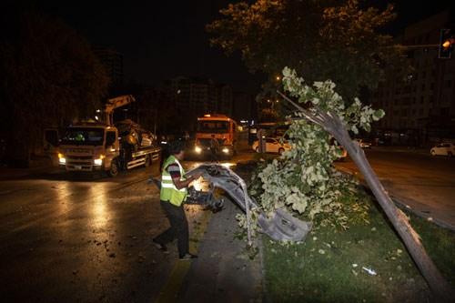 trafik-kazasinda-yaralanan-arkadaslarini-olay-yerinde-birakip-kactilar-775903-1.