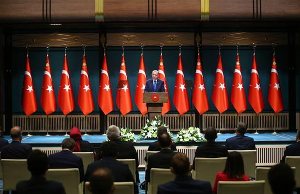 erdogan-toplu-tasimada-ayakta-yolcu-alinmasina-musaade-edilmeyecektir-778068-1.