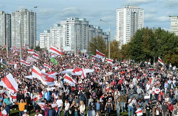 belarus-taki-protestolarda-400-kisi-gozaltina-alindi-780363-1.