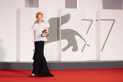 77-venedik-film-festivali-nde-oduller-dagitildi-780569-1.