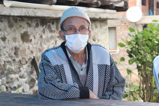 dugune-katilan-aileden-yaklasik-20-kisi-koronaviruse-yakalandi-2-si-hayatini-kaybetti-toplumu-bir-araya-getirmekten-uzak-durmaliyiz-786103-1.