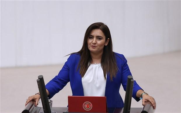 reza-zarrab-in-turkiye-de-800-milyon-dolar-rusvet-dagittigi-iddialari-meclis-gundeminde-ismi-gecen-4-eski-bakan-arastirilsin-786072-1.