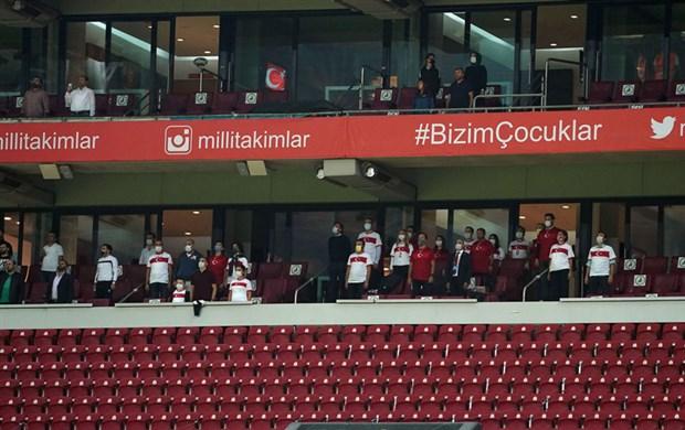 turkiye-2-0-dan-geri-dondu-sirbistan-ile-berabere-kaldi-792817-1.