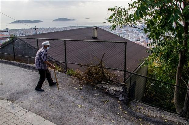 istanbul-un-balkonu-nda-kentsel-donusum-serzenisi-794088-1.