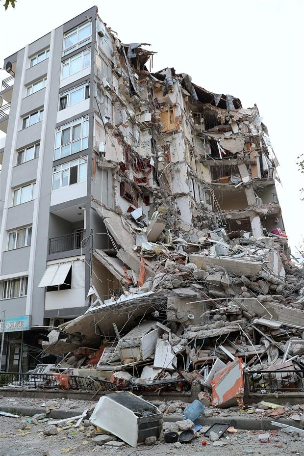 bakan-kurum-nufusun-yuzde-71-i-deprem-riski-olan-alanlarda-yasiyor-807290-1.
