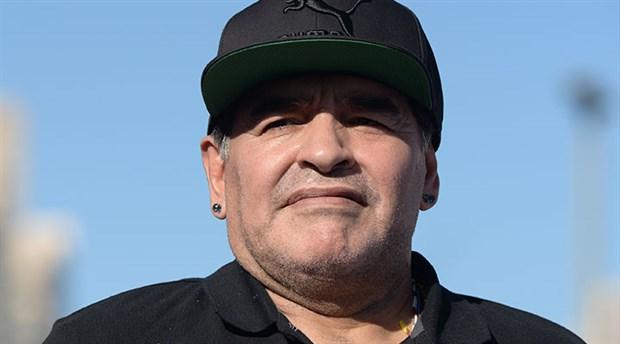 arjantinli-efsane-futbolcu-maradona-hayatini-kaybetti-809292-1.