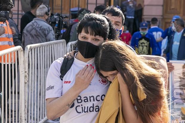 arjantin-halki-maradona-yi-ugurluyor-809716-1.