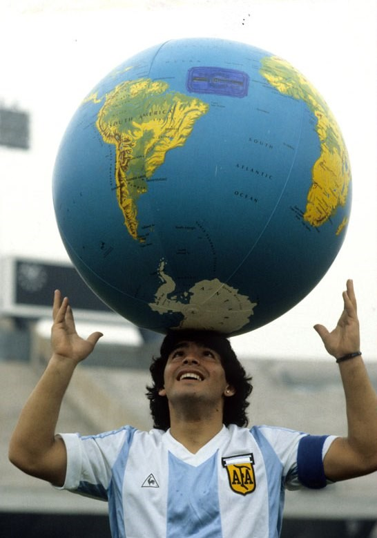 yildizlar-maradona-ya-boyle-veda-etti-super-kahraman-degil-onun-gibi-olmak-isterdik-809656-1.