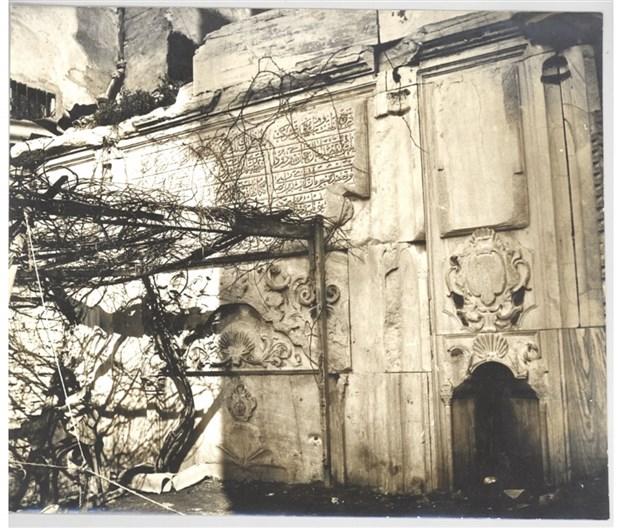 ahmet-hamdi-camli-nin-kaybolmus-dedigi-tarihi-cesmeyi-babasi-sokturup-yerine-apartman-dikmis-810264-1.