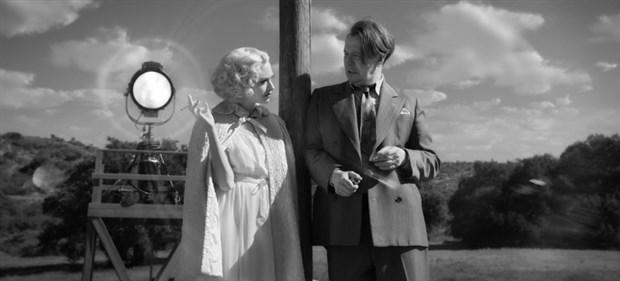 mank-sinemaya-bir-kez-daha-asik-eden-film-815764-1.