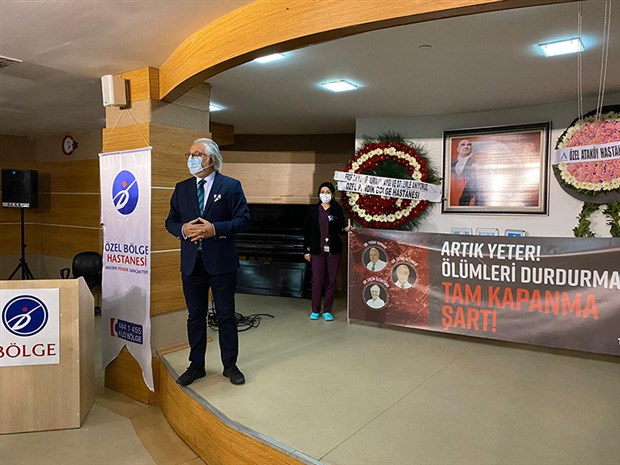 hayatini-kaybeden-doktorlar-istanbul-da-anildi-817098-1.