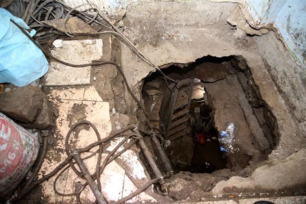 balat-taki-uyusturucu-operasyonunda-30-metre-derinliginde-tunel-bulundu-819725-1.