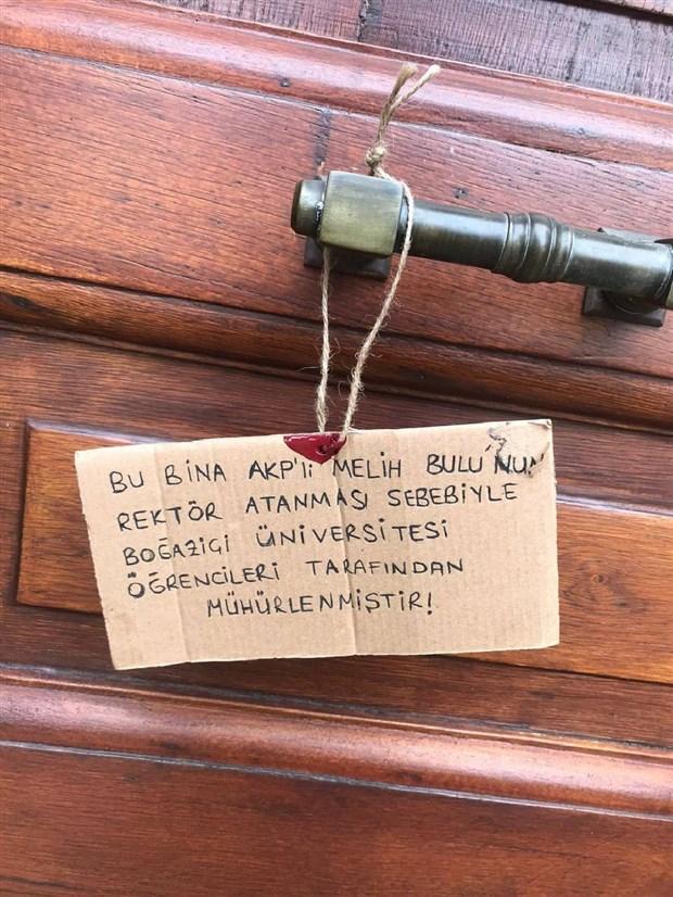 bogazici-universitesi-nde-melih-bulu-protestosu-kayyum-istemiyoruz-824733-1.