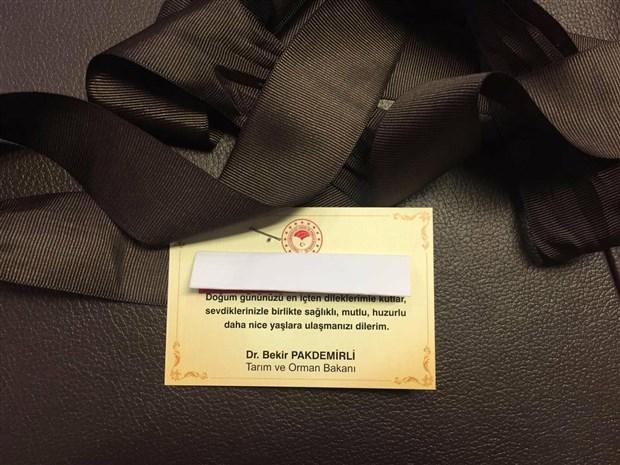 tarim-bakani-ndan-vekillere-500-liralik-kravat-hediyesi-toplam-250-bin-tl-ediyor-829505-1.