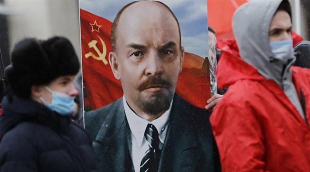 ekim-devrimi-nin-lideri-lenin-olumunun-97-nci-yil-donumunde-anildi-832024-1.