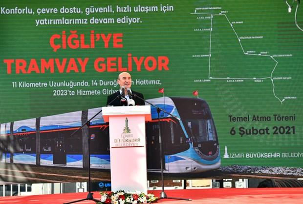 kilicdaroglu-izmir-de-chp-li-belediyeler-tikir-tikir-calisiyor-838625-1.