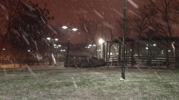 istanbul-da-kar-yagisi-etkisini-surduruyor-841294-1.