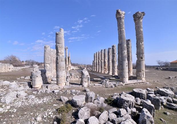 2-bin-300-yillik-uzuncaburc-antik-kenti-restore-edilecek-842629-1.