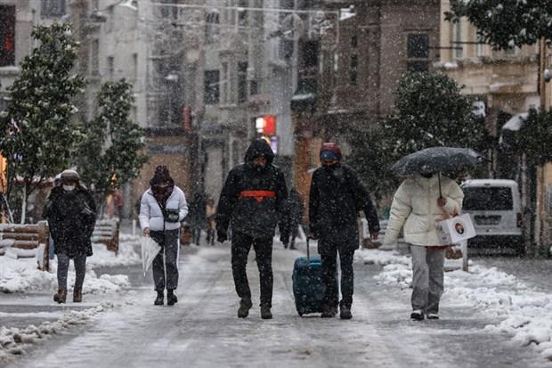 fotograflarla-istanbul-da-kar-yagisi-842543-1.