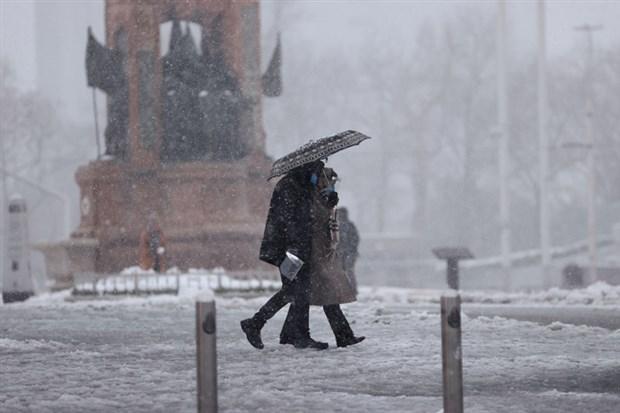 fotograflarla-istanbul-da-kar-yagisi-842547-1.