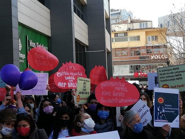 canli-blog-kadinlar-8-mart-ta-alanlarda-istanbul-da-toplanmalar-basladi-850052-1.