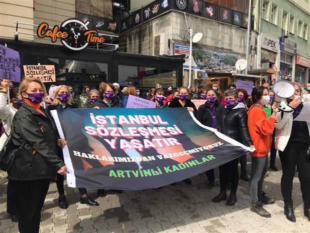 artvin-de-kadinlar-istanbul-sozlesmesi-icin-meydanlarda-vazgecmiyoruz-855529-1.