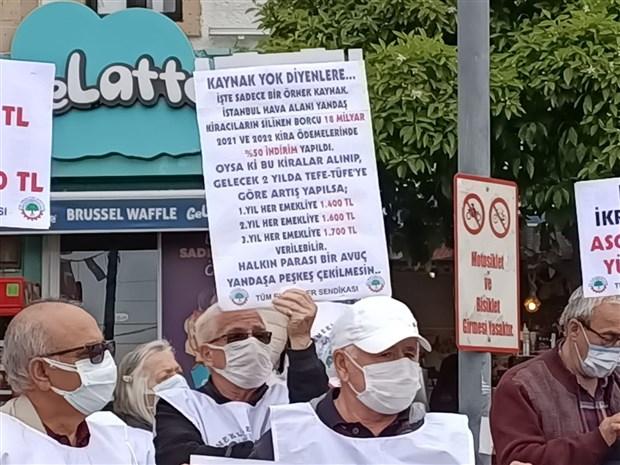 emeklinin-yastik-altindan-odenmemis-faturalar-cikti-859515-1.