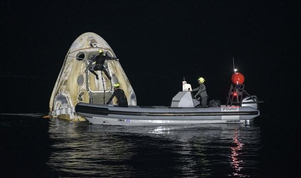 crew-1-gorevini-tamamlayan-nasa-ve-spacex-astronotlari-dunya-ya-dondu-871328-1.