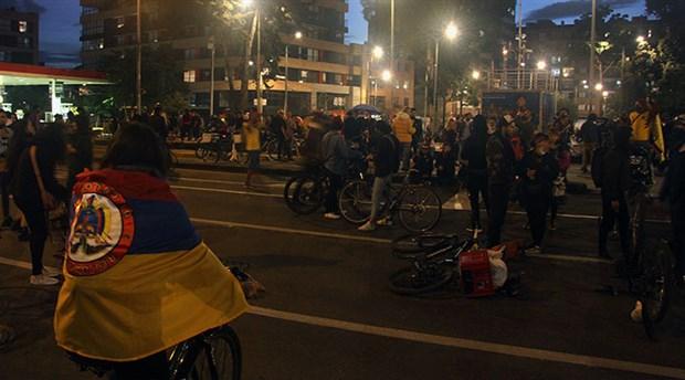kolombiya-halki-mucadeleden-vazgecmiyor-protestolarin-10-gununde-halk-sokaklarda-873501-1.