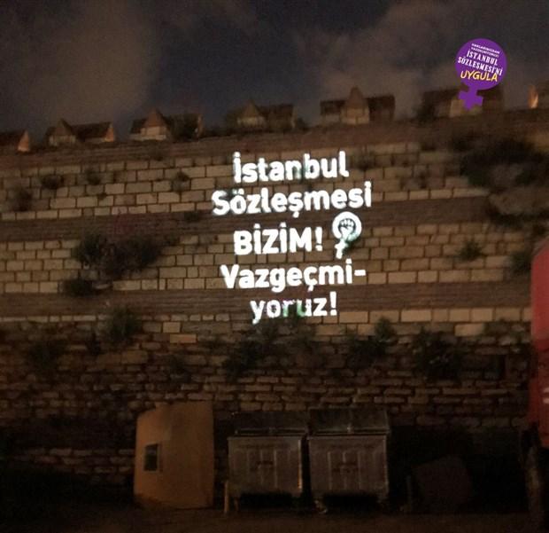 kadinlar-istanbul-surlari-ndan-seslendi-istanbul-sozlesmesi-nden-vazgecmiyoruz-874402-1.