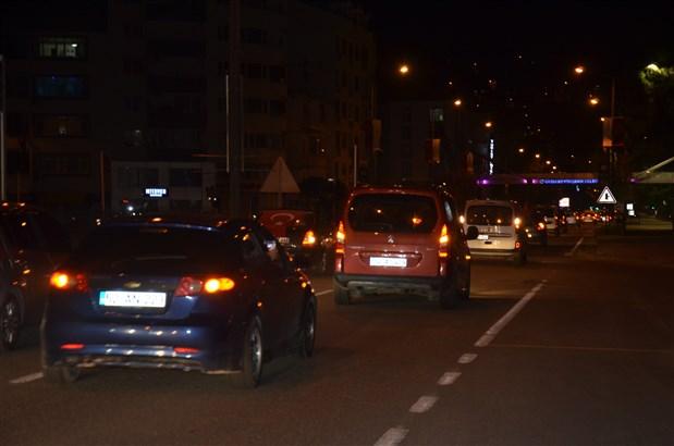 turkiye-nin-bircok-ilinde-israil-i-protesto-etmek-icin-sokaga-cikildi-kisitlamaya-ragmen-araclarla-konvoy-yapildi-874404-1.