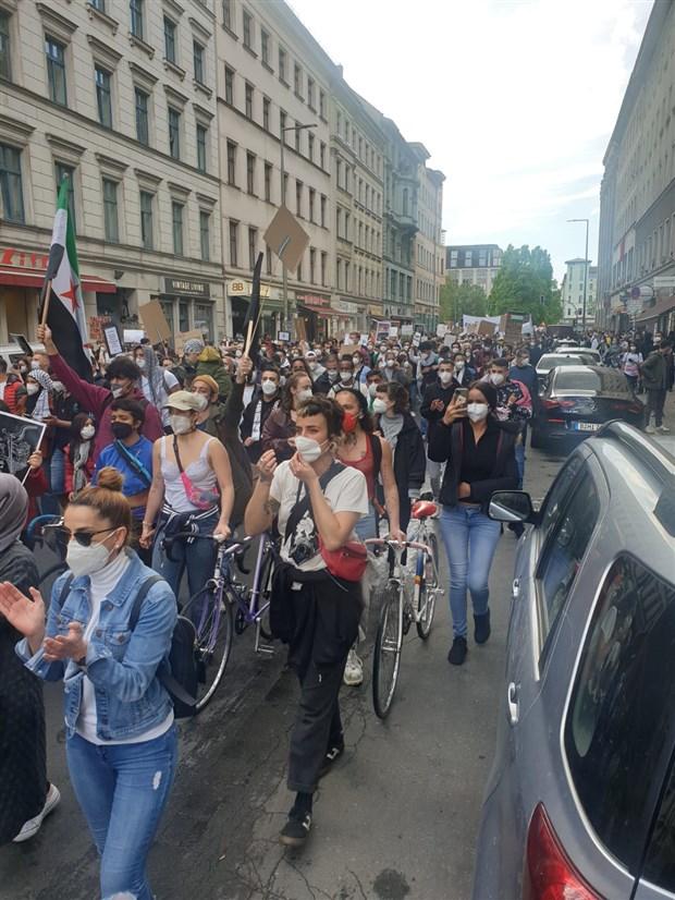 nakba-nin-73-yildonumunde-israil-saldirilari-berlin-de-protesto-edildi-876362-1.