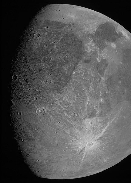 juno-jupiter-in-uydusu-ganymede-i-goruntuledi-20-yil-sonra-ilk-fotograf-885734-1.