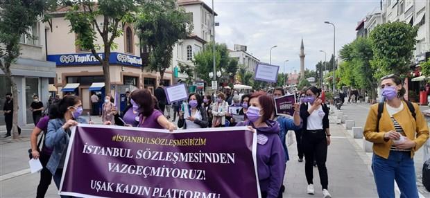 usak-ta-kadinlardan-istanbul-sozlesmesi-eylemi-sozlesmeden-vazgecmiyoruz-888950-1.