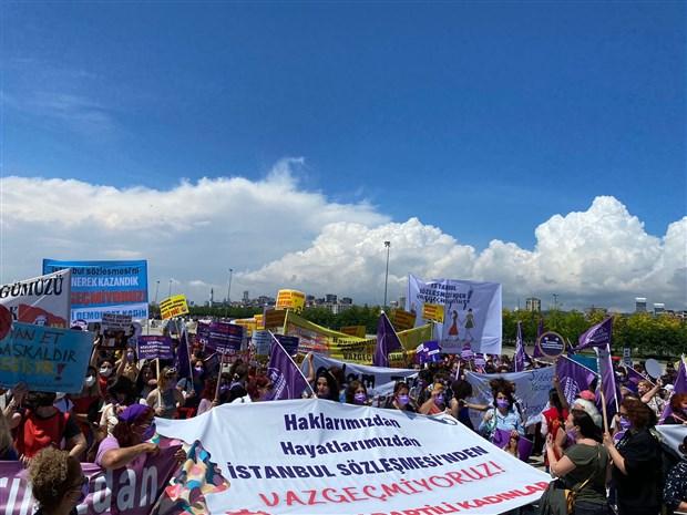 kadinlar-maltepe-de-bulustu-istanbul-sozlesmesi-nden-vazgecmiyoruz-889612-1.
