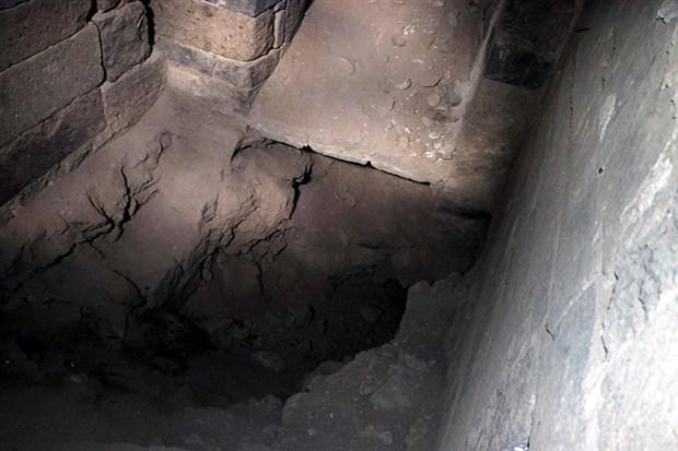 kayseri-de-tarihi-kilise-defineciler-tarafindan-talan-edildi-891145-1.