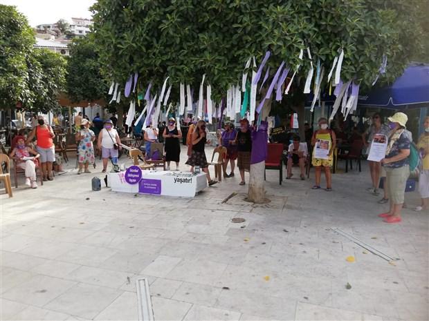 kadinlardan-istanbul-sozlesmesi-eylemi-karar-yok-hukmundedir-894254-1.