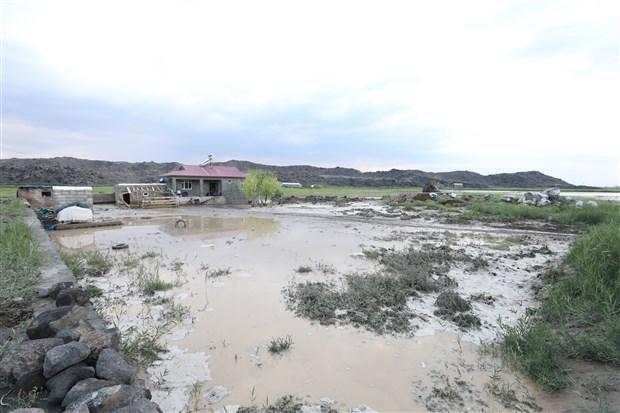 igdir-da-sel-evleri-ve-tarim-arazilerini-su-basti-897355-1.