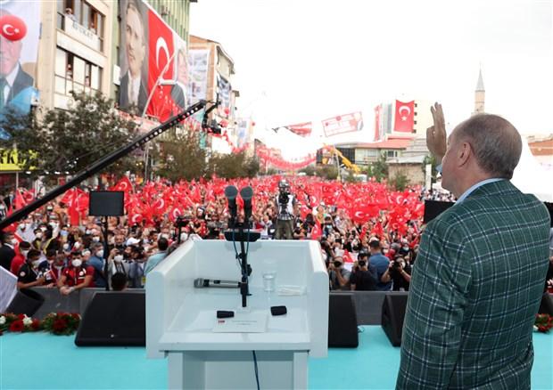 erdogan-rize-de-selin-vurdugu-yerler-afet-bolgesi-olacak-900296-1.