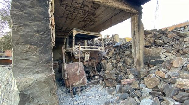 antalya-da-yanginlar-nedeniyle-35-mahalle-tamamen-15-mahalle-kismen-tahliye-edildi-905847-1.