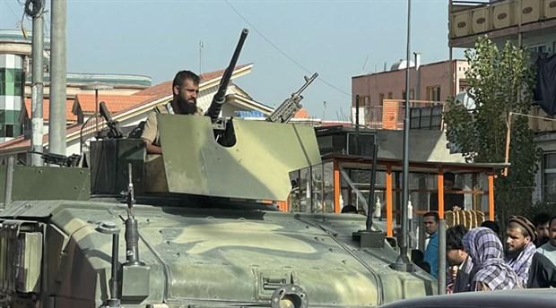 taliban-kabil-de-cumhurbaskani-gani-ulkeyi-terk-etti-yonetim-taliban-a-devredilecek-910607-1.