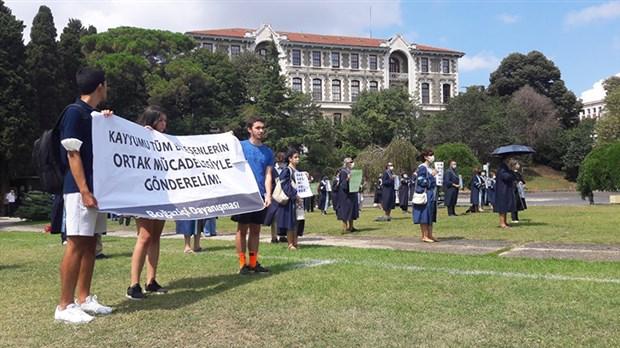 akademisyenlerden-kayyum-rektor-protestosu-913387-1.