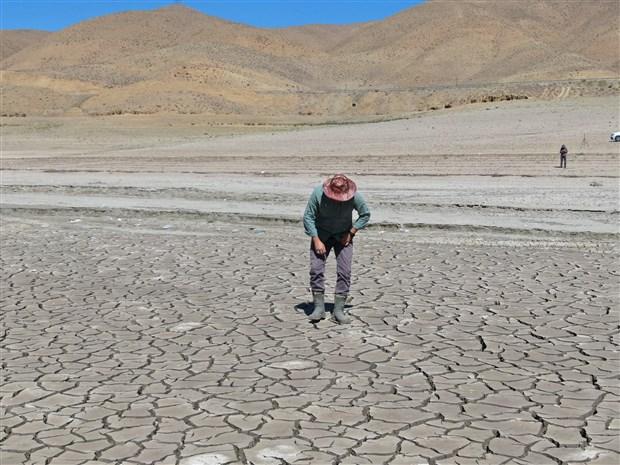 kuraklik-zernek-baraji-ndaki-su-seviyesi-son-yillarin-en-dusuk-seviyesinde-921868-1.
